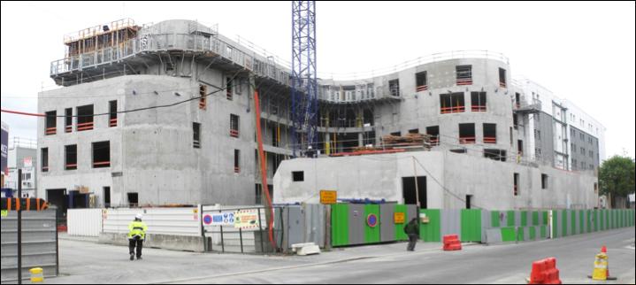 Demain visite du nouveau conservatoire le quartier bel for Chantier architecte