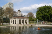 The_Fountain_-_Kensington_Gardens.jpg