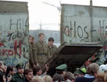 AEC_chute-mur-berlin-2.jpg